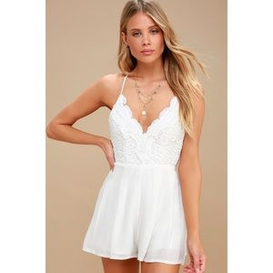 🆕 Star Spangled Ivory Backless Lace Romper